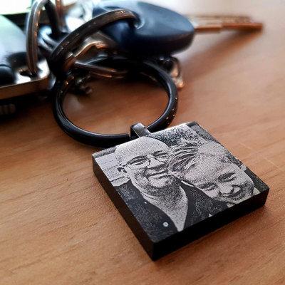 Sleutelhanger met foto vierkant zwart pianolak