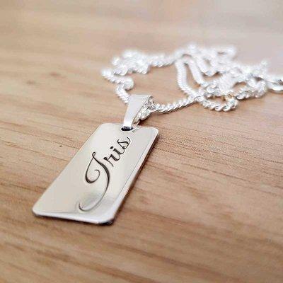 Zilveren naam bar hanger 26x11 mm