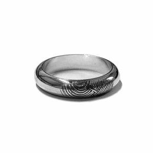 zilveren ring met vingerafdruk bol model