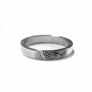 zilveren ring met vingerafdruk vlak model