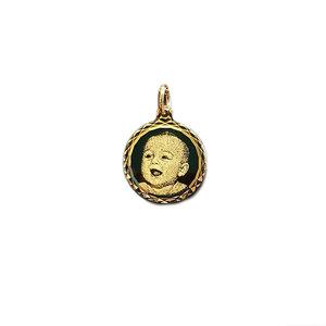 Gouden hanger met foto rond facet geslepen